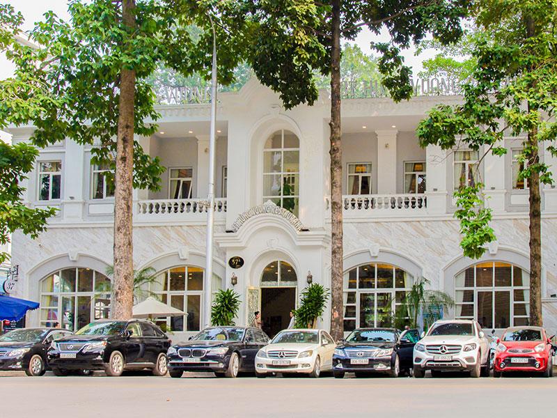 Mặt tiền Nhà hàng 37A Hùng Vương