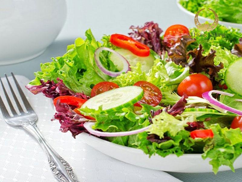 Món khai vị - Salad rau xanh tổng hợp