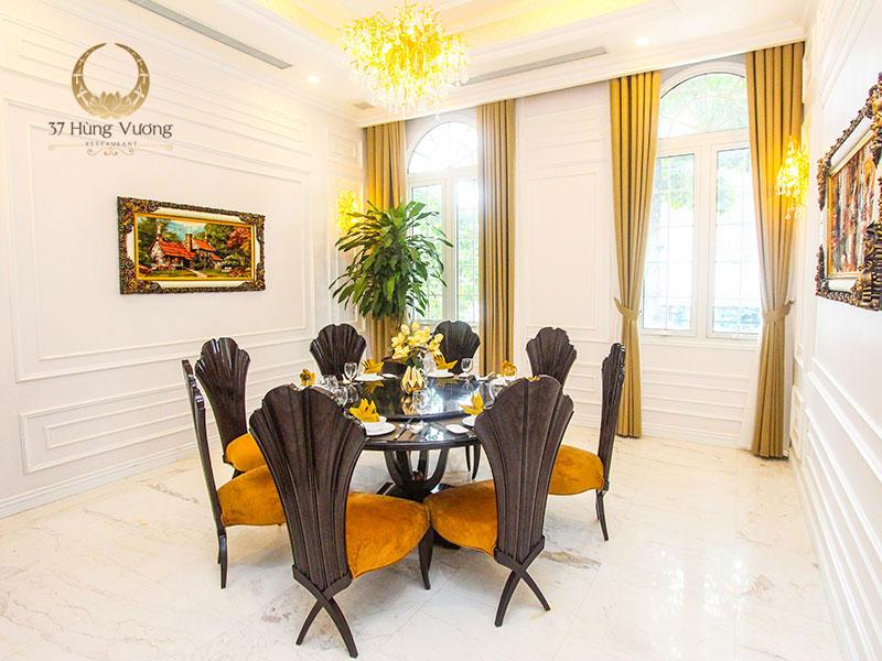 Phòng VIP 6 với không gian ấm cúng cho những bữa tiệc gia đình ý nghĩa