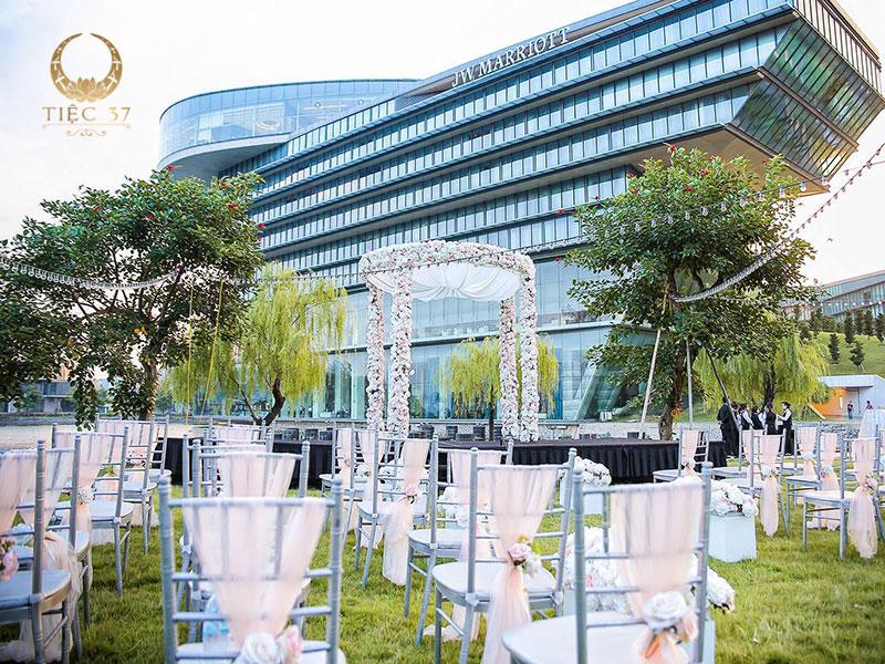 Xu hướng tổ chức Tiệc cưới thân mật trong năm 2021