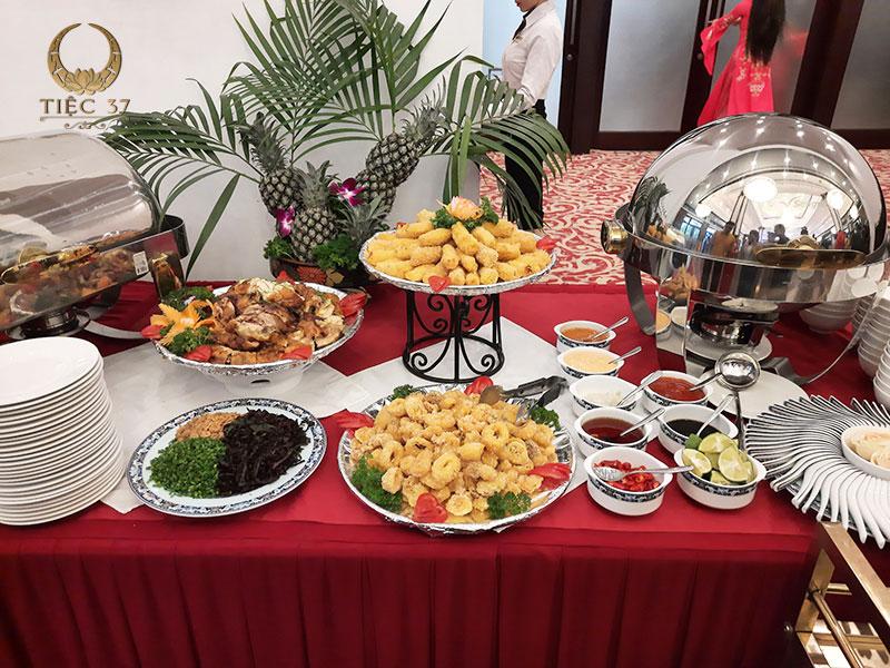 Cách setup bàn tiệc buffet đúng chuẩn