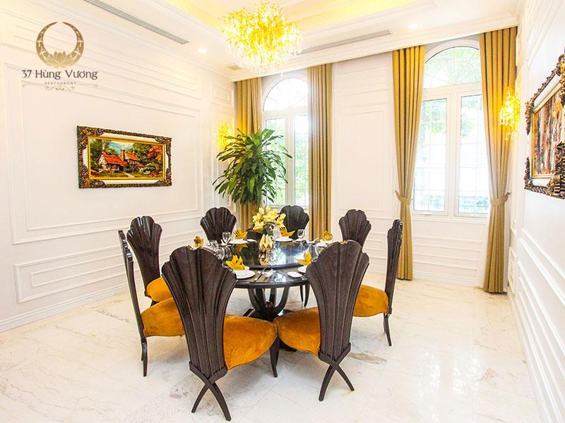 Nhà hàng có phòng riêng đẳng cấp tại Hà Nội