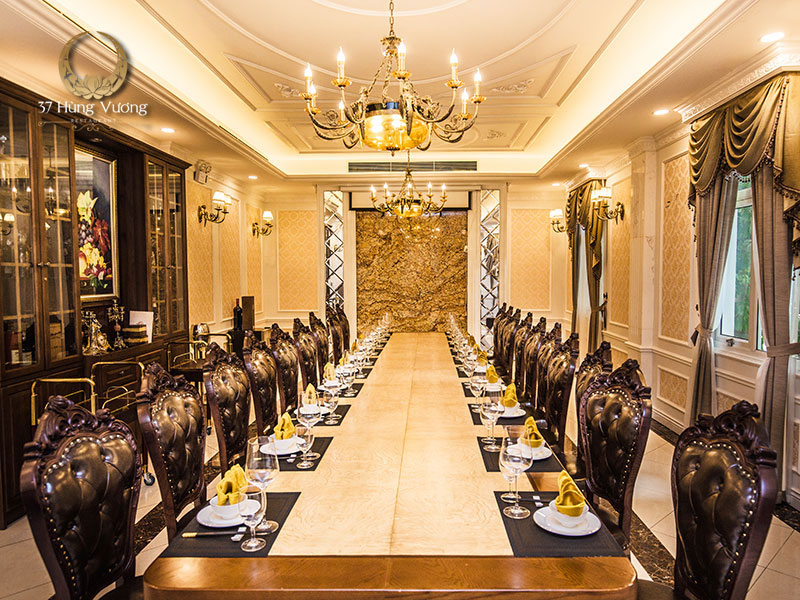 Nhà hàng 37A Hùng Vương – Địa điểm tổ chức tiệc liên hoan tổng kết cuối năm cho công ty tại Hà Nội