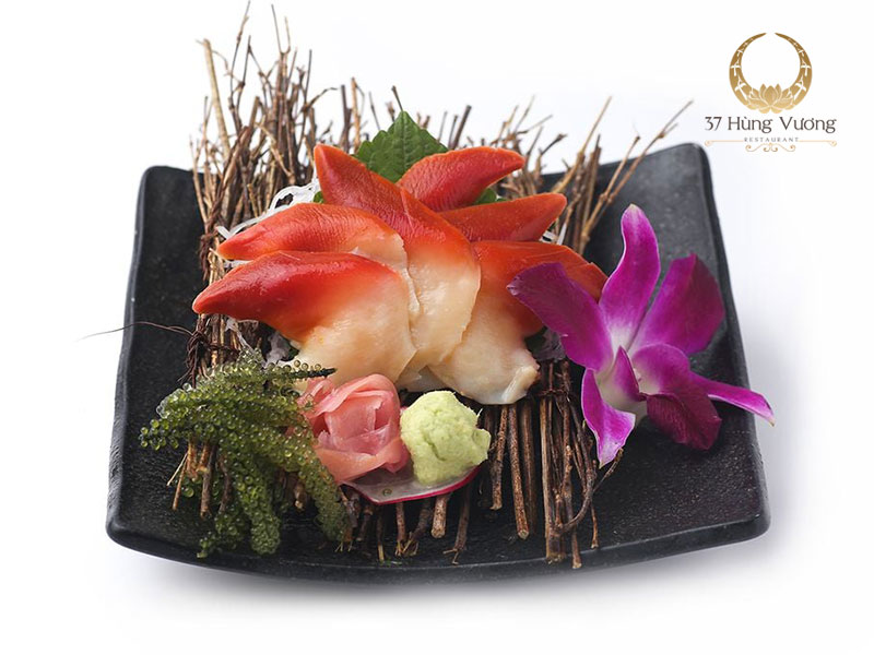 Sashimi – Món ăn thanh mát khi đặt tiệc tại nhà hàng