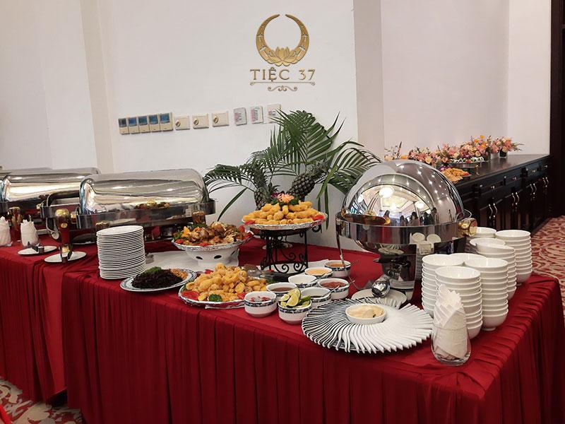 Thực đơn cho buổi tiệc buffet cuối năm