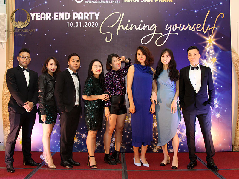 Sáng tạo chủ đề tổ chức tiệc cuối năm mới lạ