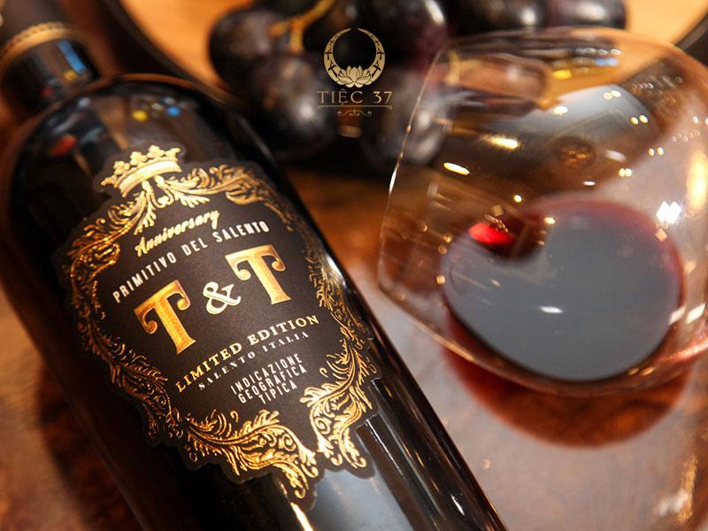 Rượu vang là sự lựa chọn hoàn hảo cho bữa tiệc tại gia