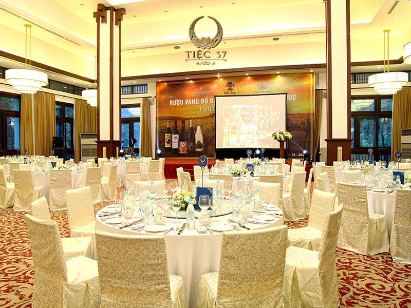 Những lưu ý khi lựa chọn địa điểm tổ chức tiệc lưu động tại Hà Nội