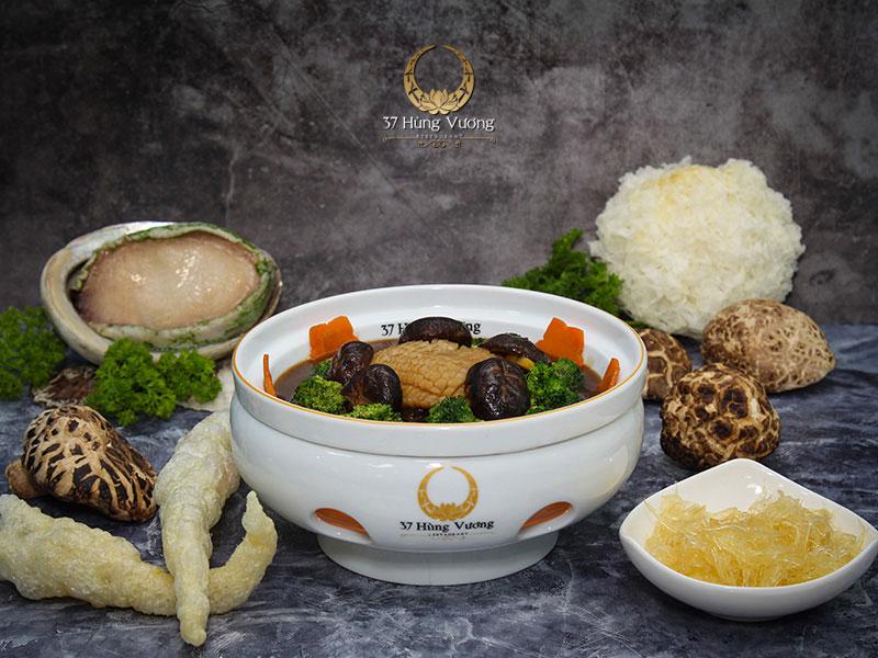 Bào Ngư hầm sâm sốt dầu hào bông cải - Tuyệt phẩm thượng hạng từ Bào Ngư Úc Viền Xanh