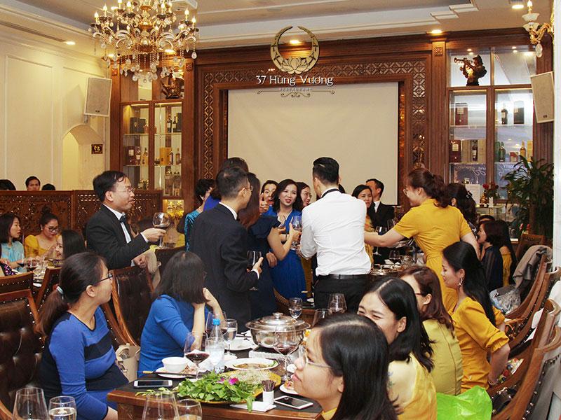 Nhà hàng 37 Hùng Vương – Địa điểm đặt tiệc khai xuân sang trọng