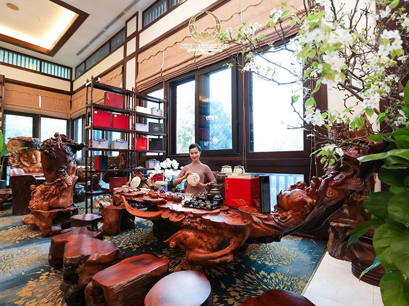 Không gian bàn trà tinh tế tại nhà hàng NCC - Trung tâm Hội nghị Quốc gia