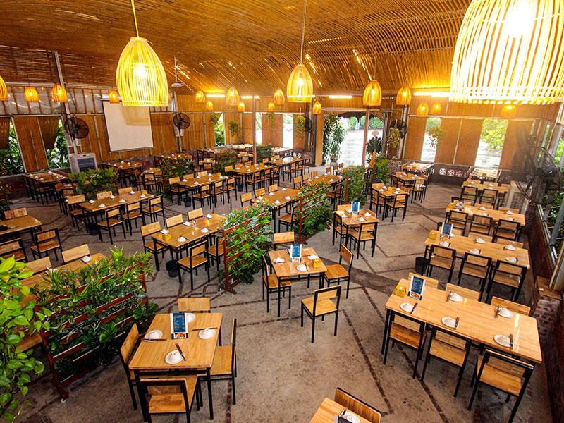 Không gian nhà hàng Xanh Drinks