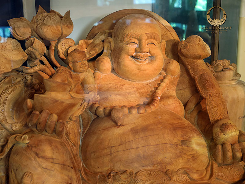 Tượng Phật Di Lặc gỗ Ngọc Am